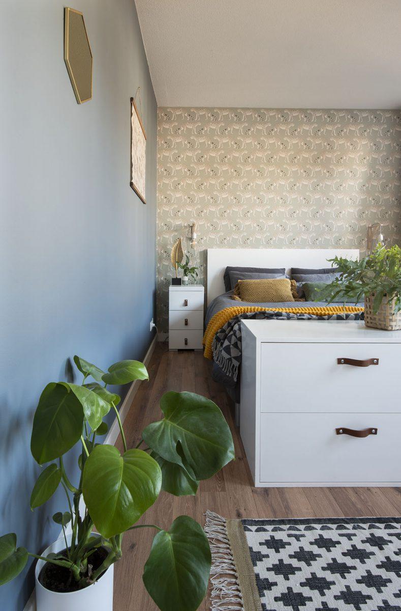 Slaapkamer-interieurontwerp-blauw-luipaard-styling-groen-interieurstylist